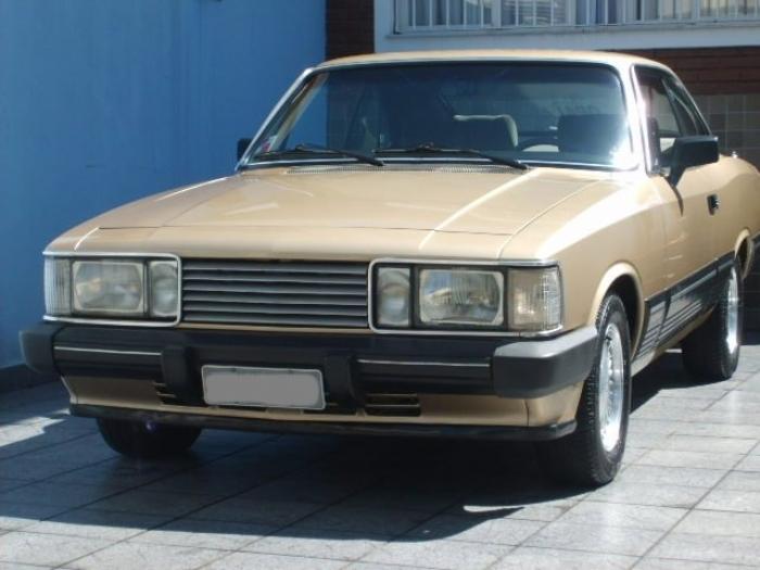 Associado Clube do Opala SP - Opala Diplomata 1986 Dourado Minas 6 Cilindros